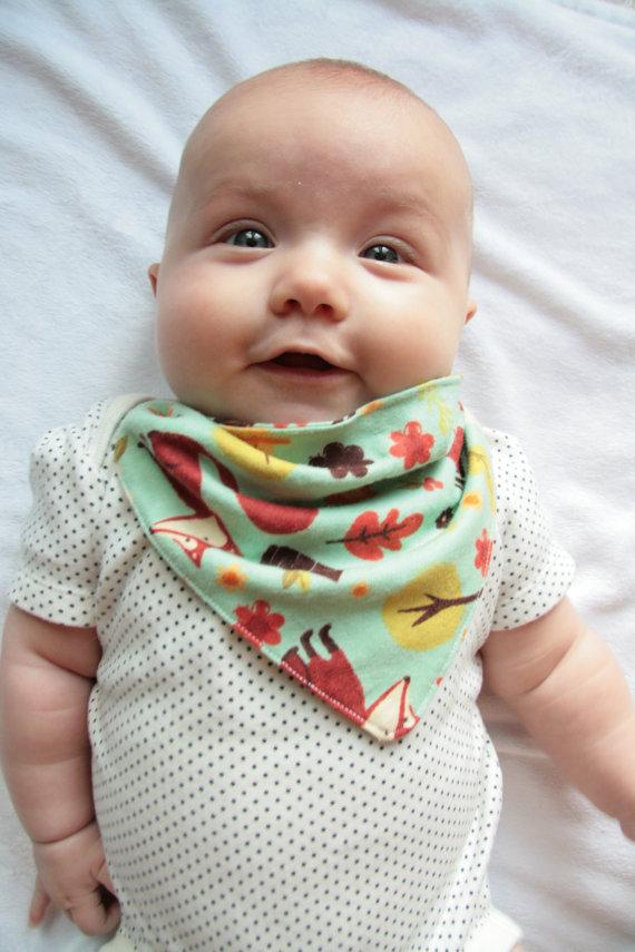 Iris, too cute for words, in her bandana bib. Eek!