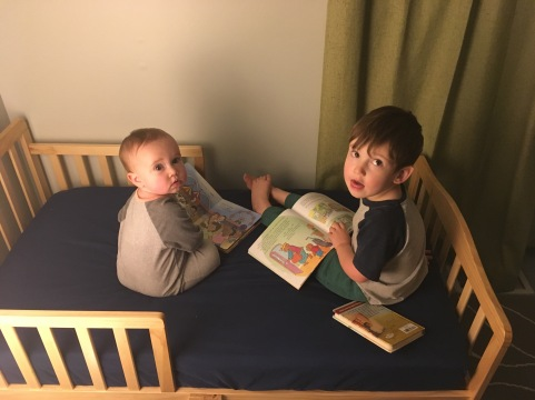 They love reading ❤️
